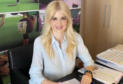 Στη διαδικτυακή συνεδρίαση της Κεντρικής Ένωσης Δήμων Ελλάδας, παρουσίασα τα μηνύματα της καμπάνιας «ΕΝΑ στα ΠΕΝΤΕ» του Συμβουλίου της Ευρώπης για την πρόληψη της παιδικής σεξουαλικής κακοποίησης, δίνοντας έμφαση στη πολυετή, στενή συνεργασία της Τοπικής Αυτοδιοίκησης  με την καμπάνια για την προστασία των παιδιών, με σκοπό η Κ.Ε.Δ.Ε. να στηρίξει τη διάδοση των μηνυμάτων, που είναι χρήσιμο να φτάσουν σε γονείς και παιδιά σε όλη την Ελλάδα.  Πεποίθησή μας είναι ότι τα ενημερωμένα παιδιά είναι ασφαλή και ότι αξίζει να επενδύσουμε σε αυτό τον σκοπό.